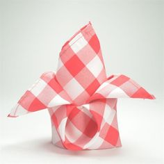 Efavormart Pack of 25 Premium Red/White Washable Checkered Gingham x Linen Picnic Napkins Great for Wedding Party Picnic Restaurant, Black Restaurant, Patriotic Decorations, Valentines Day Decorations, Winter Decorations, Wedding Decorations, Party Napkins, Wedding Napkins, Linen Napkins