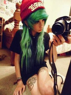 hairstyle emo hair trend – Hair World Ideas Messy Hairstyles, Pretty Hairstyles, Scene Hairstyles, Wedding Hairstyles, Jimmy Eat World, Punk, Protective Styles, Style Emo, Scene Style