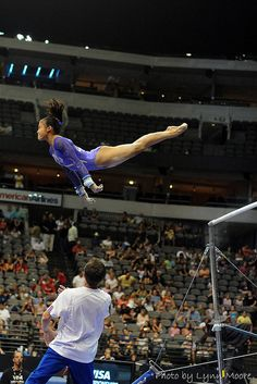 Ivana Hong (United States) on uneven bars at the 2009 Visa Championships