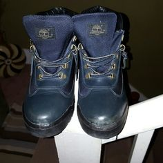 Men's Blue Timberland Boots. Excellent condition These are as is a little RIP on back take to shoemaker he can repair. Price is firm it is what it is. Timberland Shoes