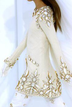 Chanel. Ve esto y mas en el blog de moda del momento.. www.tuguiafashion.com