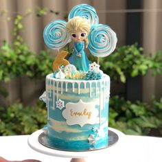 No photo description available. Elsa Birthday Cake, Best Birthday Cake Recipe, Frozen Themed Birthday Party, Disney Frozen Birthday, Princess Birthday, Geek Birthday, 41st Birthday, Turtle Birthday, Turtle Party