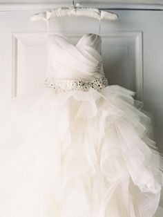 Your Dress Granted, you'll have about 100 wedding pictures of you in your dress, but a still life lets you preserve it in your memory just like the first time you saw it -- a beautiful piece of wearable art.