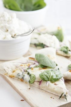 Spinach and Ricotta Pizza ❥