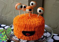 .cute monster cake