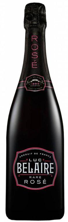 Luc Belaire Sparkling Rare Rose - Dit is geen champagne, want deze mousserende rose komt uit de Provence. #blackbottle #rose met een vriendelijk zoetje. Een zeer toegankelijke wijn en te koop bij ChampagneBabes.nl