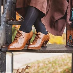 "1,491 отметок «Нравится», 19 комментариев — American Duchess (@americanduchess) в Instagram: «A shoe for all time(s) - ""Londoner"" oxfords in whiskey tan, perfect for the Edwardian Era, 1920s,…»"