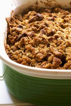 Easy Apple Crisp with Pears | Warm your belly and bring a smile to your face with this delicious recipe for Easy Apple Crisp with Pears. Enjoy a new twist on a classic favorite dessert. | Pack Momma