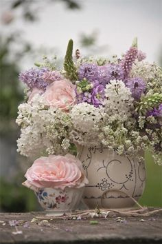 beautiful spring bouquet..
