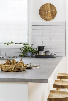 Versatile Concrete Benchtops – Giving Kitchen Trending Feature with Flexibility and Strength - SHAIROOM. Farmhouse Kitchen Decor, Kitchen Interior, New Kitchen, Farmhouse Ideas, Farmhouse Design, Kitchen Reno, Country Kitchen, Kitchen Ideas, Concrete Kitchen
