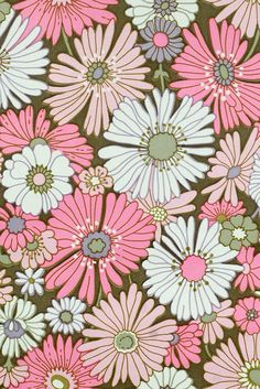 Pink Floral Wallpaper. Original vintage flower wallpaper with rose and purple flower pattern design.
