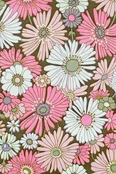 Pink Floral Wallpaper. Original vintage flower wallpaper with rose and purple flower pattern design.