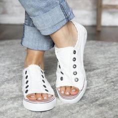 Sneaker Heels, Wedge Sneakers, Casual Sneakers, Loafer Flats, Green Sneakers, Running Sneakers, Comfortable Sneakers, Casual Heels, Classy Casual