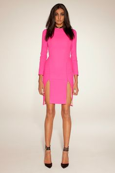 See the complete Dean Quinn Fall 2012 Ready-to-Wear collection.
