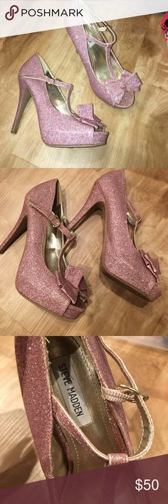 Special edition Steven madden heels 🤗😍💲 Very unique sparkle heels 👠 ready to go!! Like new Steven By Steve Madden Shoes Heels