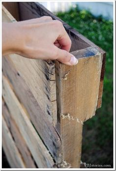 How to dismantle a wood pallet for DIY projects.