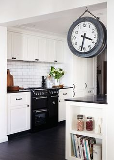 pretty kitchen - my ideal home...