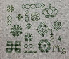 Free+Cross+Stitch+Pattern+celtic | Celtic Heart Knitting and Quilting: Cross Stitch Pouch