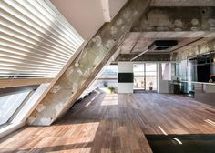 G Studio Architects creates unfinished aesthetic in Tokyo loft apartment