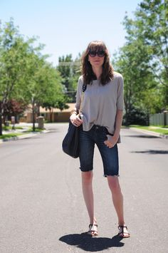 how to cut jeans into knee shorts