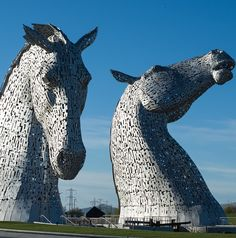 The Kelpies, impresionantes esculturas de Andy Scott con más de 30 metros de altura.