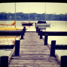 An old pic of one of my favorite spots in Dallas - a pier at White Rock Lake.