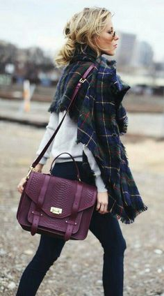 Tartan and plum... http://feedproxy.google.com/fashiongobags