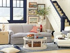 Navy Blue Rooms -10 Bold Paint Ideas to create a maritime feel.
