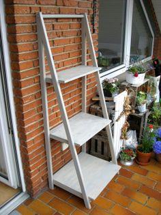 ob als schmales regal auf dem balkon oder als ausladende stufenbank auf der terrasse das format. Black Bedroom Furniture Sets. Home Design Ideas