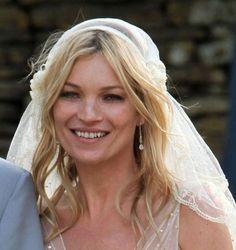 Kate Moss Wavy Wedding Hairstyle