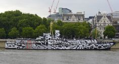 PressOn's Dazzle Ship won the People's Choice Award and the Gold in the OOH and Vehicle Decals category at the 2015 FESPA Awards.