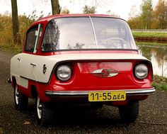 """carsthatnevermadeit: """"Nami Belka, NAMI, short for Nauchno-issledowatelski Awtomobilny y Awtomotorny Institute. A Russian forward control design with a flip-forward single front door, two rear. Strange Cars, Mini Car, Faster Horses, Toyota Mr2, Car Colors, Cute Cars, Small Cars, Car Lights, Concept Cars"""