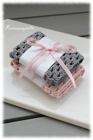 Prinsessajuttu: Isoäidinneliöitä Krispie Treats, Rice Krispies, Knitting, Desserts, Handmade, Crafts, Diy, Food, Crochet Ideas