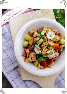 Traditional Austrian Pork Sausage Salad - Recipe from my Grandaddy - with apples, paprika, cucumber and pumpkin seed oil - perfect fit for a hot summer evening in august