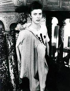 vezzipuss.tumblr.com — David Bowie, Amsterdam, Circa 77 〰️〰️