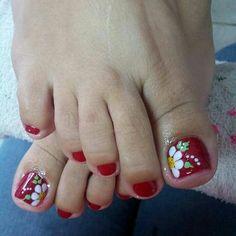 Unhas do Pé Decoradas 2287, #unhasbonitas #UnhasDecoradasSimples #UnhasLindas, Pedicure Designs, Pedicure Nail Art, Toe Nail Designs, Pretty Toe Nails, Cute Toe Nails, Fun Nails, Red Nail Art, Modern Nails, Flower Nail Art