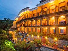 Zephyr Palace in Villa Caletas