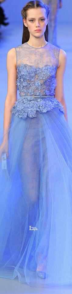 via By Sasha - Elie Saab Haute Couture Elie Saab, Fashion Moda, Fashion Show, Fashion Design, Modern Fashion, Beautiful Gowns, Beautiful Outfits, Glamour, Couture Dresses