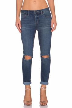 Free People Blue Destroyed Skinny Jeans In Josie Wash Size 29 $128 FTC #4161