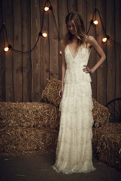 We take a look at the Jenny Packham 2017 Bridal Collection & it's just as beautiful as we imagined. This is a Collection for the bride with a romantic heart . Jenny Packham Wedding Dresses, Jenny Packham Bridal, Lace Wedding Dress, Bridal Dresses, Wedding Gowns, Wedding Garter, Ivory Wedding, Bridesmaid Dresses, Prom Dresses