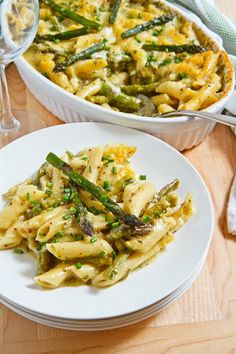Asparagus and Ramp Pesto Mac n Cheese - my mom's a huge fan of asparagus and loves this recipe