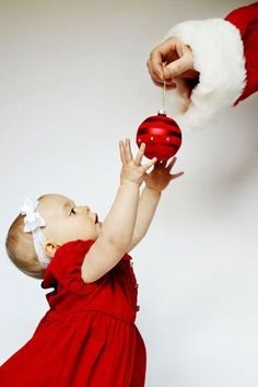 Photo de bébé à Noël : pensez à immortaliser son premier noel
