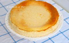 E sta es la típica tarta de queso casera sin base de galletas, doradita por arriba y compacta pero nada empalagosa. La he preparado sin co...