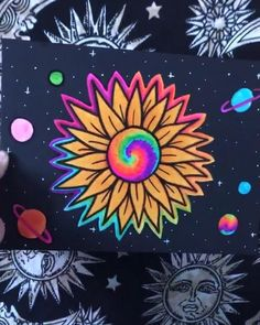 Easy Canvas Art, Simple Canvas Paintings, Small Canvas Art, Mini Canvas Art, Canvas Painting Designs, Diy Canvas, Hippie Painting, Trippy Painting, Diy Painting