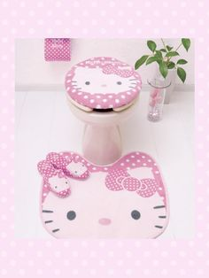 The Sunny Sunflower House: Hello Kitty Bathroom Sanrio Hello Kitty, Bolo Da Hello Kitty, Hello Kitty Rosa, Hello Kitty Items, Hello Kitty Bathroom, Hello Kitty Collection, Pretty In Pink, Kawaii, Diy Crafts