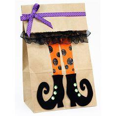 Proyectos  Bolsa de papel con pies de bruja