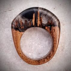Size 7 Wood Resin Ring - Gold with silver flakes Wooden Jewelry, Resin Jewelry, Unique Rings, Beautiful Rings, Natural Jewelry, Tung Oil, Live Edge Wood, Resin Ring, Wood Resin