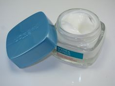 Free samples of L'Oreal Hydra Genius moisturizer are still available!  http://www.freebiehunter.org/loreal-moisturizer-samples