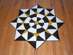 My Home Projects!: Compass design floor cloth