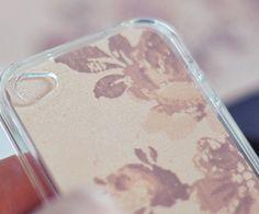 簡単にできちゃうiPhoneケース☆愛着ある洋服から手作りしてみよう♡